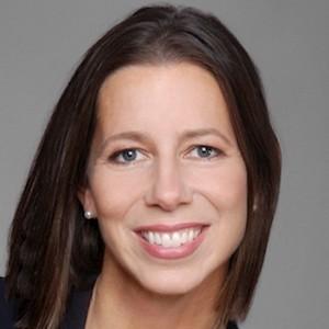 Kristina Hansen,                     Agent in San Francisco - Compass