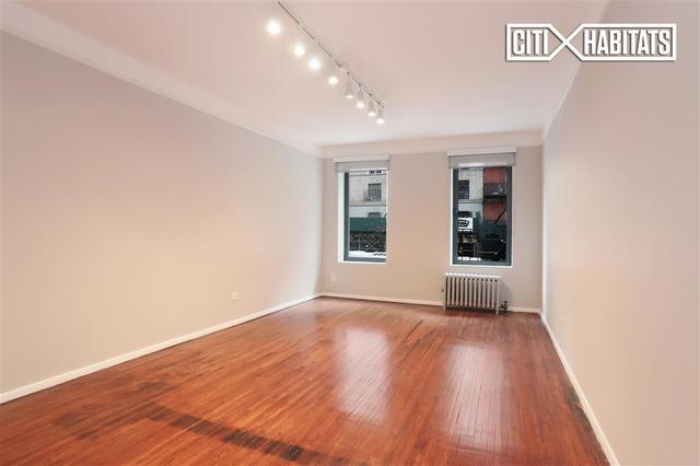 220 West 24th Street, Unit 2P Image #1