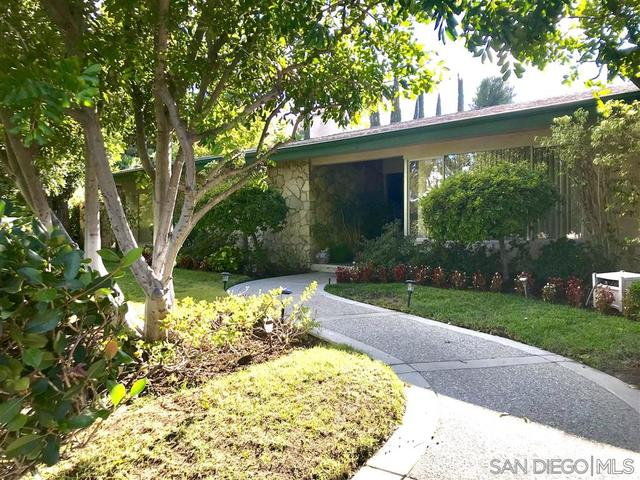 4147 Clear Valley Drive Encino, CA 91436
