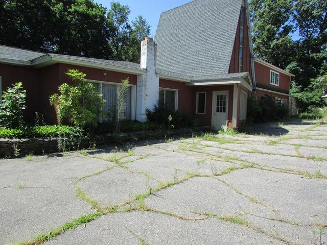 64 Highland Avenue Attleboro, MA 02703