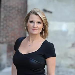 Tosha Giovannone,                     Agent in Philadelphia - Compass