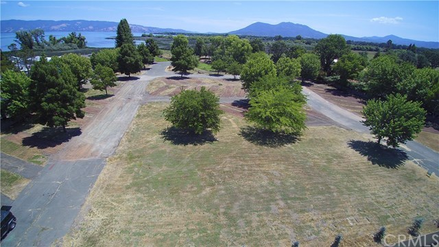 20 Queen Ann Way Lakeport, CA 95453