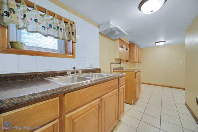 3643 South Wolcott Avenue Chicago, IL 60609