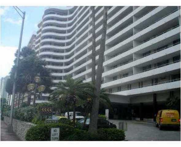 5555 Collins Avenue, Unit 15T Image #1