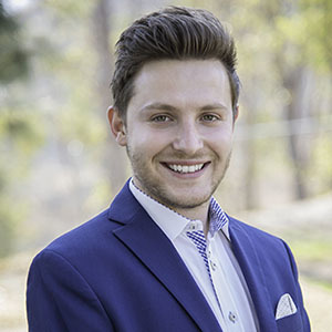 Chad Michael Singer,                     Agent in Los Angeles - Compass