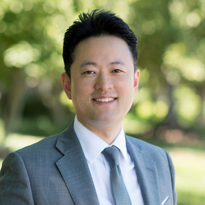 Jin Kim,                     Agent in DC - Compass