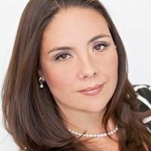 Melissa Crawford,                     Agent in San Francisco - Compass