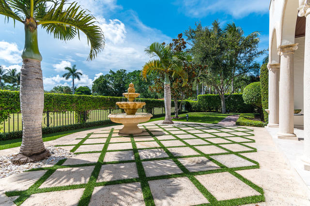 1241 Royal Palm Way Boca Raton, FL 33432