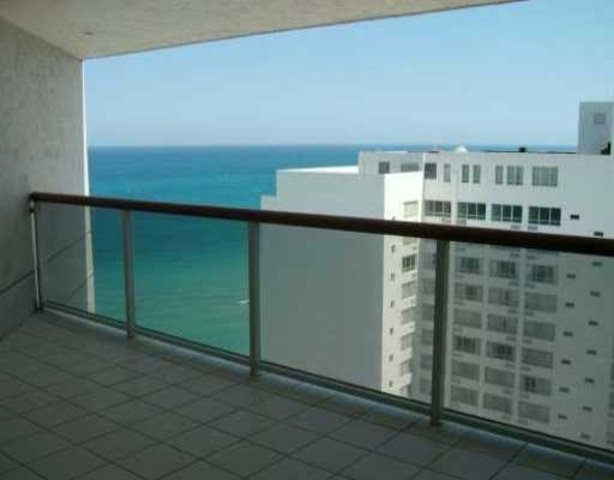 6767 Collins Avenue, Unit 2006 Image #1