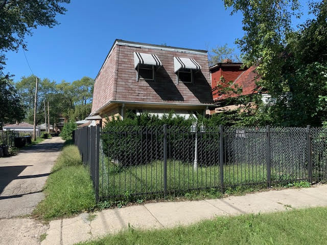 6044 South Elizabeth Street Chicago, IL 60636