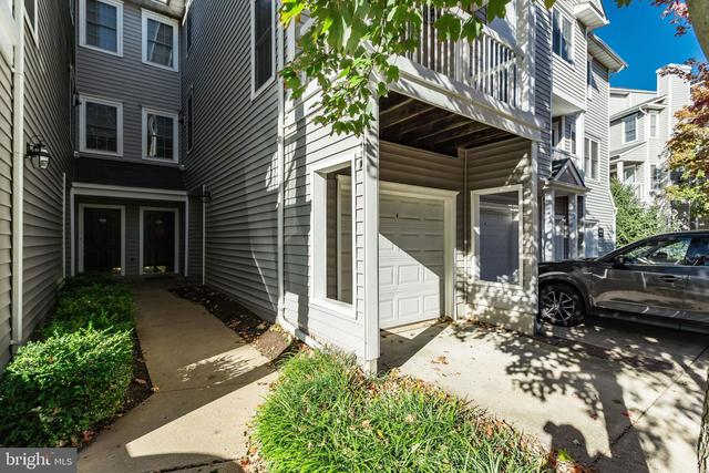 4636 Superior Square Fairfax, VA 22033