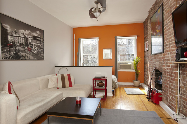 218 East 82nd Street, Unit 5RW Image #1