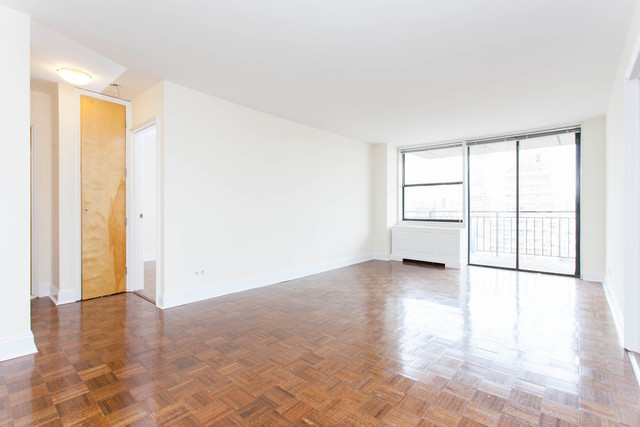 330 East 39th Street, Unit 30D Image #1