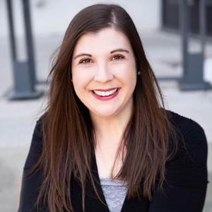 Caitlin Thorsen,                       Agent in Nashville - Compass