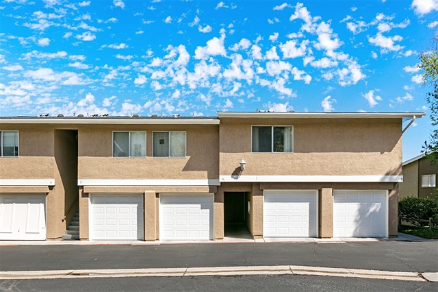 4220 Vista Del Rio Way Unit 8 Oceanside Ca 92057 Compass