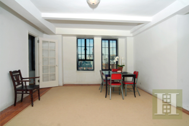 201 West 16th Street, Unit 12E Image #1