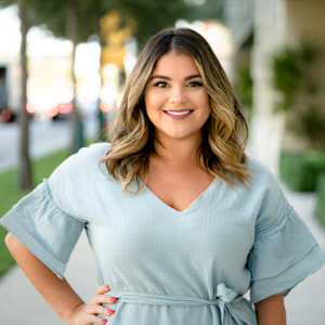 Mariah Gonzales,                       Agent in Miami - Compass