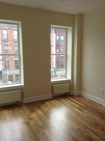 490-a 7th Avenue, Unit 2 Image #1