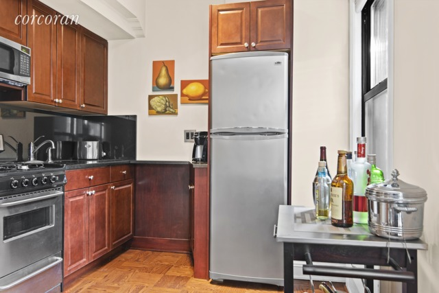 123 East 37th Street, Unit 9B Manhattan, NY 10016
