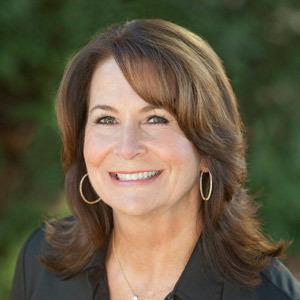 Terri Yolo, Agent in San Francisco - Compass