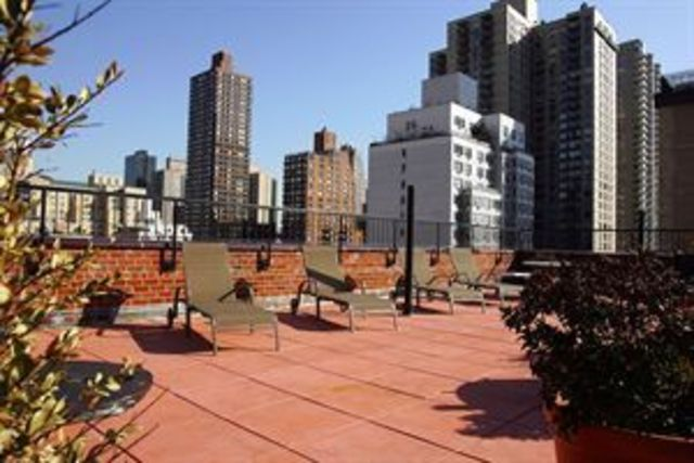 241 East 76th Street, Unit 9A Image #1