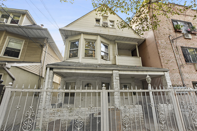 2709 Kingsbridge Terrace Bronx, NY 10463