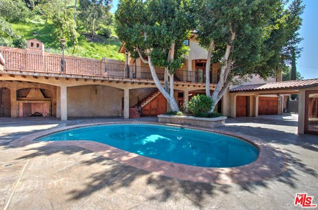 1324 Benedict Canyon Drive Beverly Hills, CA 90210