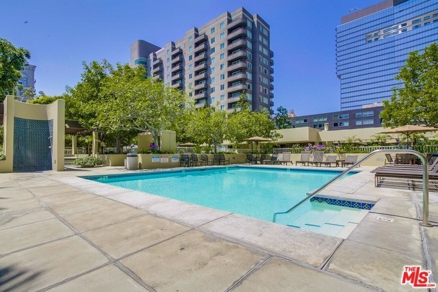 600 West 9th Street, Unit 216 Los Angeles, CA 90015