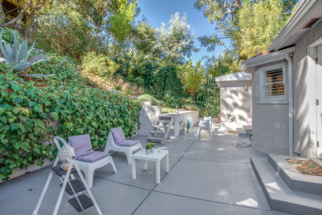 3335 Adina Drive Los Angeles, CA 90068