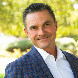 Dan Lackey,                     Agent in Los Angeles - Compass