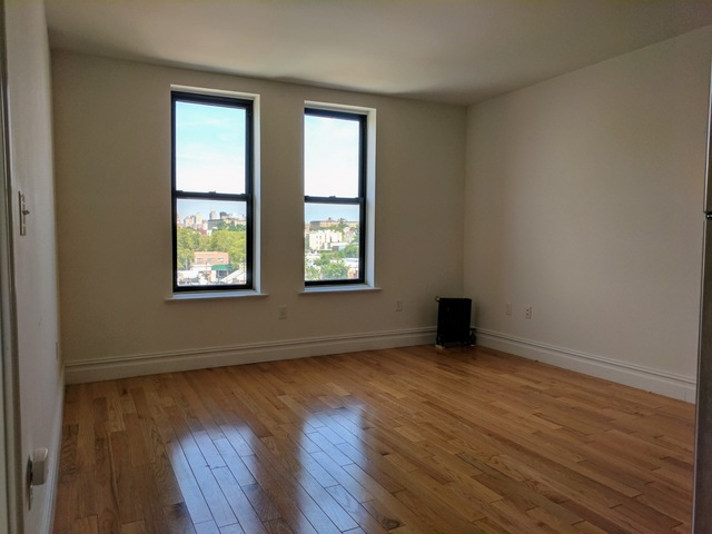 23-15 30th Avenue, Unit B7 Image #1
