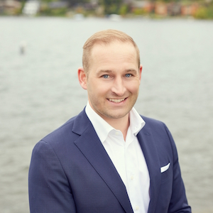 Nathanael Hasselbeck,                     Agent in Seattle - Compass
