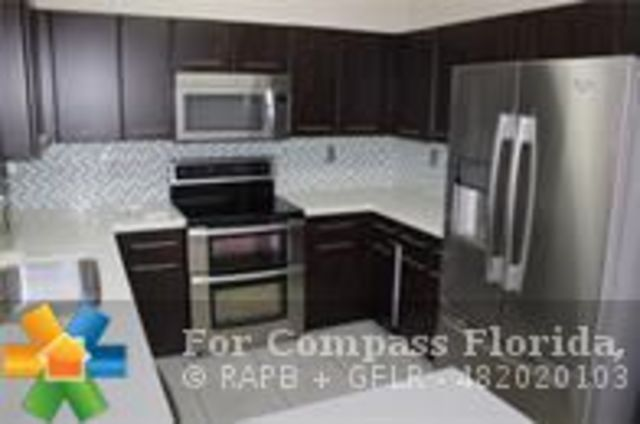 842 Northwest 134th Avenue, Unit 842 Pembroke Pines, FL 33028