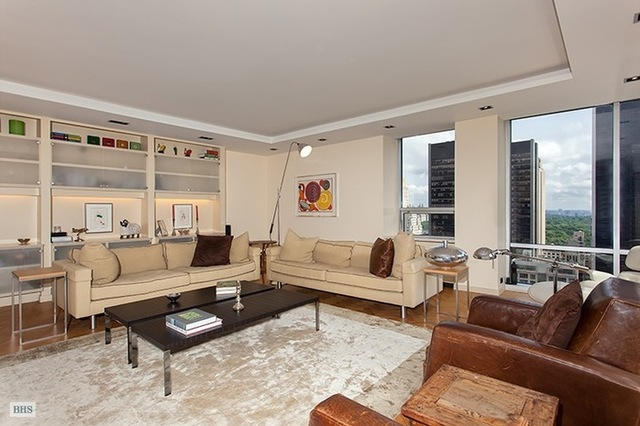 15 West 53rd Street, Unit 26A Image #1