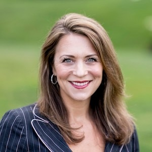 Kelly Weisfield,                     Agent in Seattle - Compass