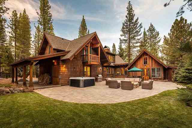 8455 Lahontan Drive Truckee, CA 96161