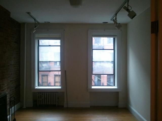 319 East 93rd Street, Unit 3E Image #1
