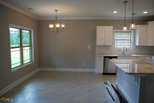 Fantastic 126 Summer Grove Lane Macon Ga 31206 Compass Beutiful Home Inspiration Ommitmahrainfo