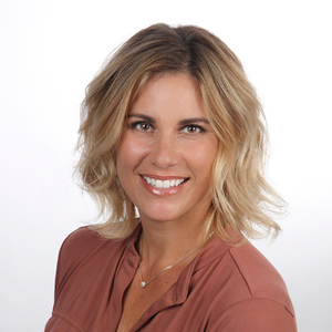 Tricia Dunkle,                       Agent in Santa Barbara, Montecito, & Central Coast - Compass