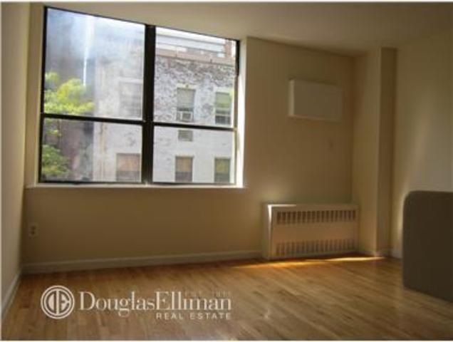 210 East 22nd Street, Unit 3M Image #1
