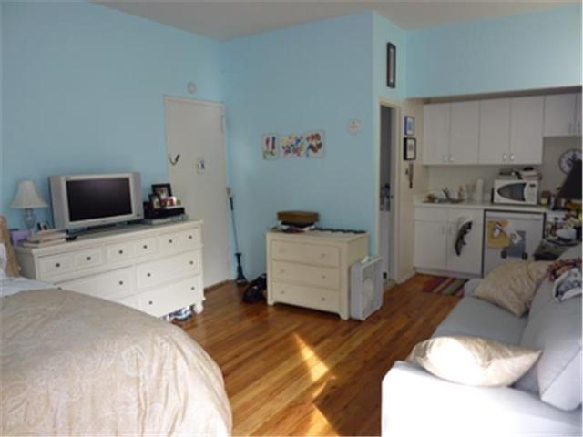 222 West 15th Street, Unit 3D Image #1