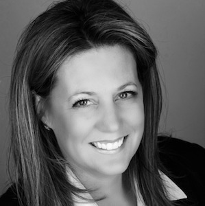 Pamela Linn,                     Agent in Chicago - Compass