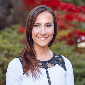 Amy Scanio,                       Agent in Dallas-Fort Worth - Compass