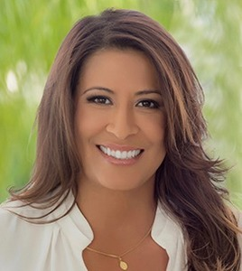 Gloria Carmona,                       Agent in Los Angeles - Compass