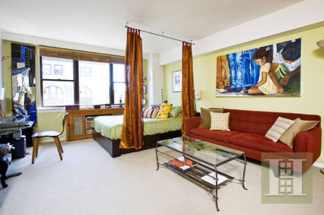 105 West 13th Street, Unit 15B Image #1