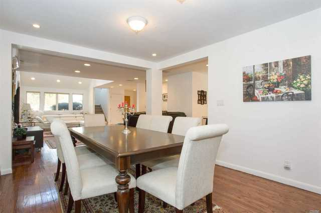 125 Willis Court Woodmere, NY 11598