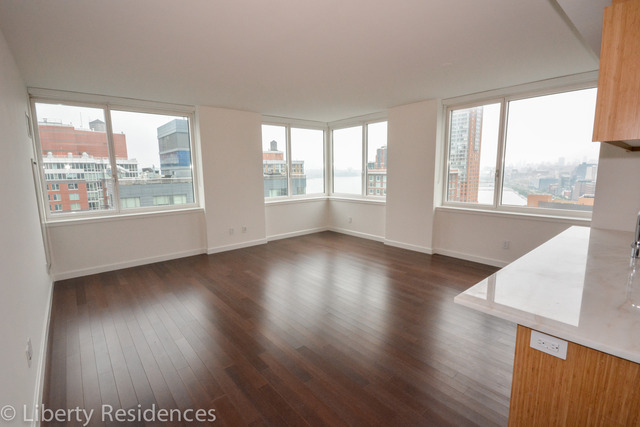 200 North End Avenue, Unit 23B Image #1