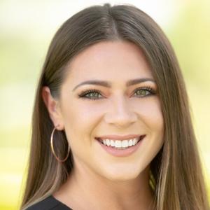 Amanda Zavala,                       Agent in Houston - Compass