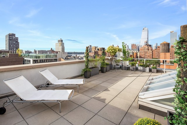 444 West 19th Street Image #1