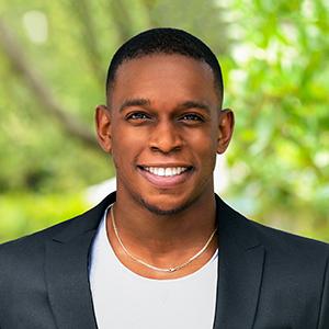 Alque Williams,                       Agent in Miami - Compass